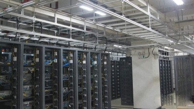 UPS电源不适合承载的几种机房设备