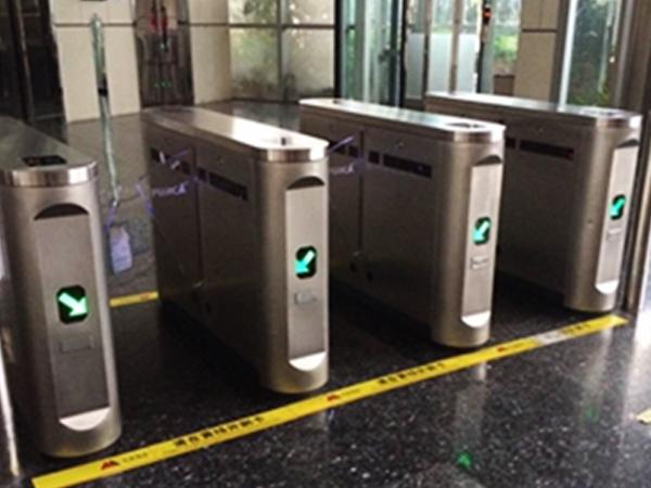 公共场所的智能门禁系统升级改造